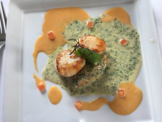 Sleat, UK: West Coast Crab Mousse with Scallops