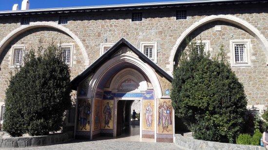 Pedoulas, Cipro: IMG_20160930_154648_large.jpg