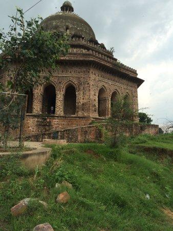 Fateh Jung ka Gumbaj Tomb