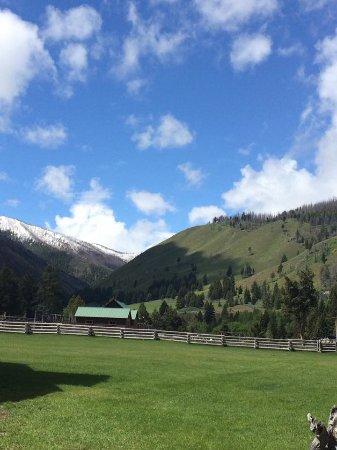 Κέτσαμ, Αϊντάχο: in the heart of the Sawtooth Mountains (Idaho)