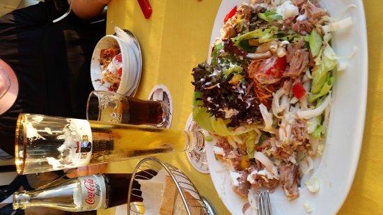 Chieming, Deutschland: Essen und Sonnenuntergang, einfach Klasse