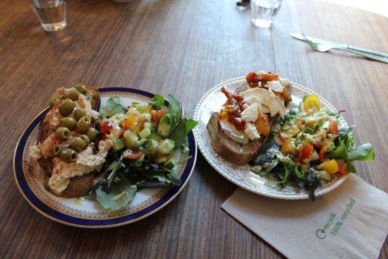 Ardvasar, UK: Home made Hummus salad and Goats cheese salad.