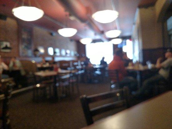 Paw Paw, MI: Classic Pub
