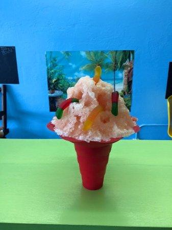 New Port Richey, Floryda: Peach w/gummy worms
