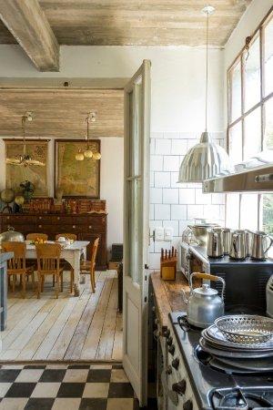 Casa Zinc: Cocina/comedor