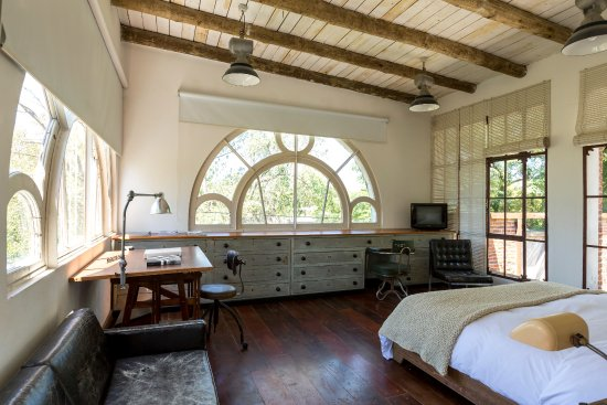 Casa Zinc: Estudio Arquitecto