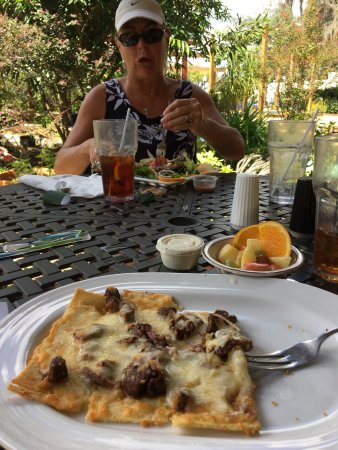 Sebring, FL: Great salads and flat bread entrees