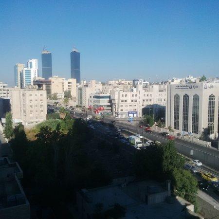 Sheraton Amman Al Nabil Hotel: vue de la chambre