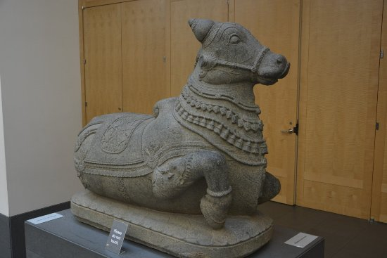 Asian Art Museum : Sculpture from India in the hall