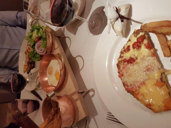 Duhau Restaurante & Vinoteca: 20160925_224713_large.jpg