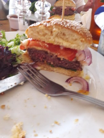 Iden, UK: Delicious burgers