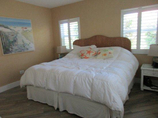Royal Flamingo Villas спальня