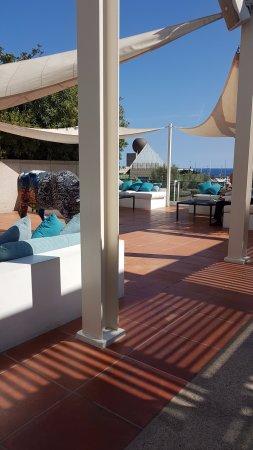 هوتل آرتس برشلونة: Bar terrace