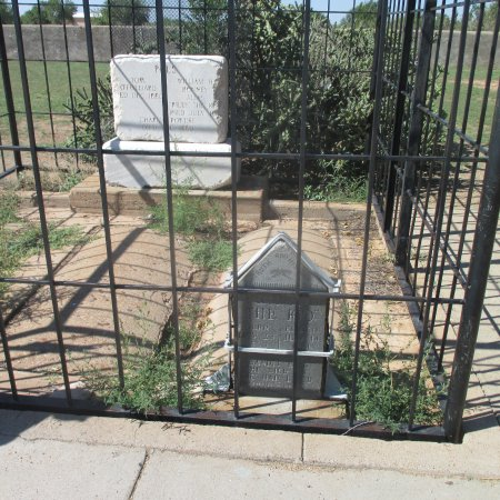 Fort Sumner, Nuevo Mexico: Billy and his pals graves.