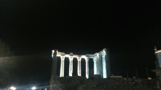 Templo Romano de Évora (Templo de Diana): DSC_0589_large.jpg