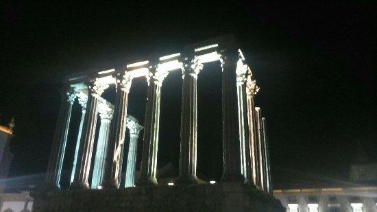 Templo Romano de Évora (Templo de Diana): DSC_0592_large.jpg