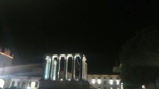 Templo Romano de Évora (Templo de Diana): DSC_0593_large.jpg