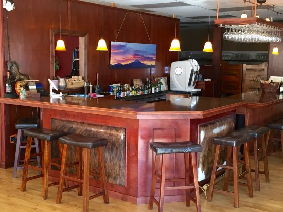 Yreka, Californien: The main bar...
