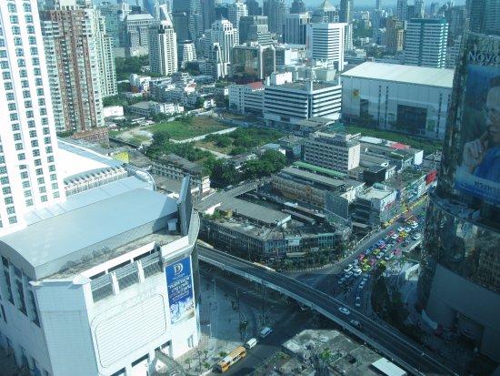 Amari Watergate Bangkok: 32 этаж-вид на город.