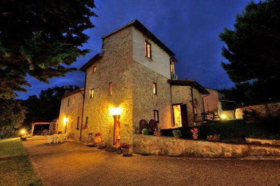 Giano dell'Umbria, İtalya: notturno