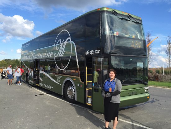 Williamstown, Кентукки: 82 passenger double-decker bus from Mike's limousine