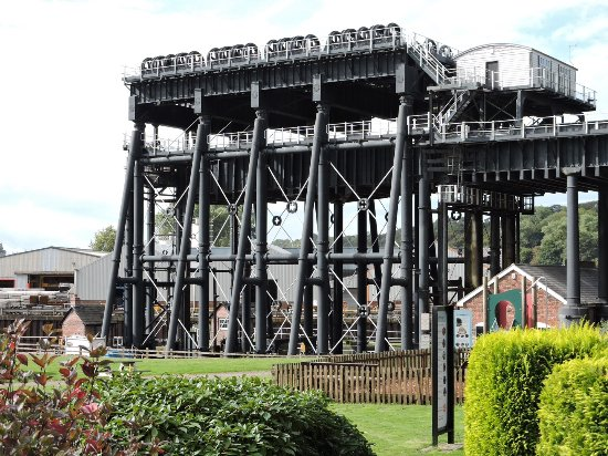 Northwich, UK: View of the lift from the bottom
