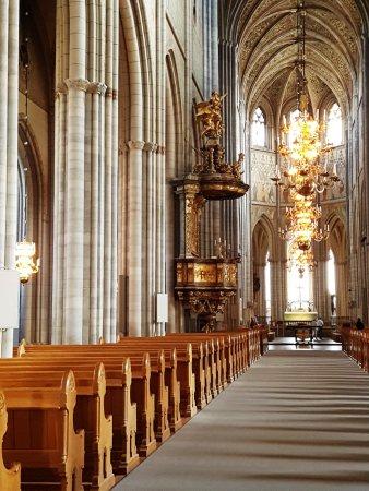 Uppsala, İsveç: la maestosa navata centrale