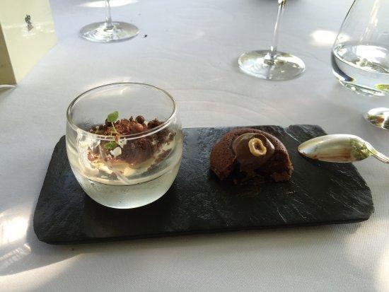 Tremolat, Γαλλία: Le premier des desserts, panacotta et ganache au chocolat