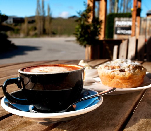 Cromwell, Nya Zeeland: Coffee and Views at The Kitchen Bannockburn
