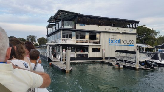 ‪‪Noosaville‬, أستراليا: Noosa boathouse restaurant_large.jpg‬