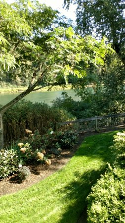 Woodland, WA: River View Room Patio View