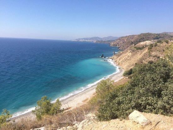 Maro, España: Playa de las Alberquillas