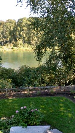 Woodland, WA: River View