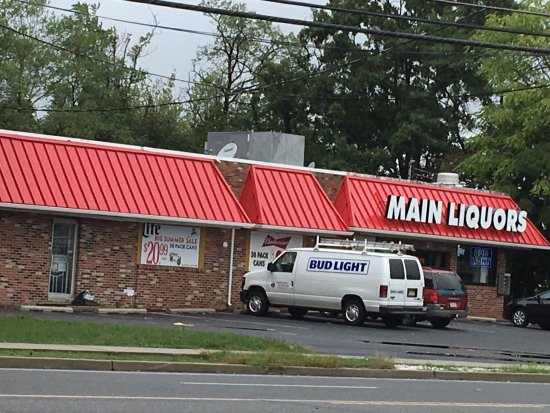 Vineland, Nueva Jersey: Main Liquors and Deli