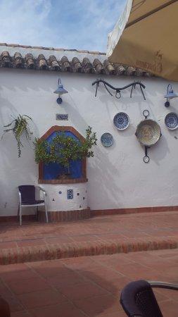 El Pedroso, Spain: PATIO EXTERIOR
