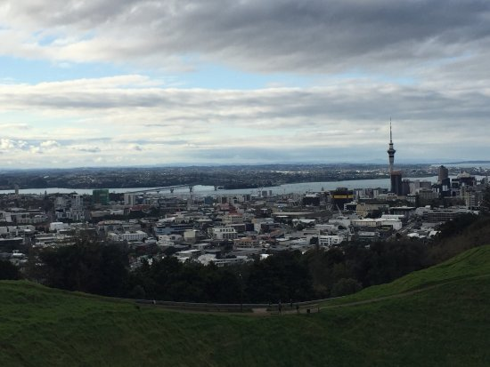 Mount Eden: photo3.jpg