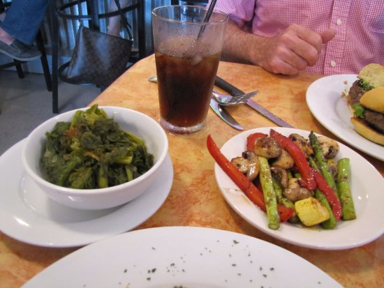Metairie, LA: Greens and grilled veggies.