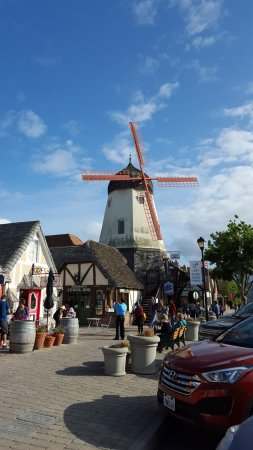 Walk to the Windmill Park through Solvang