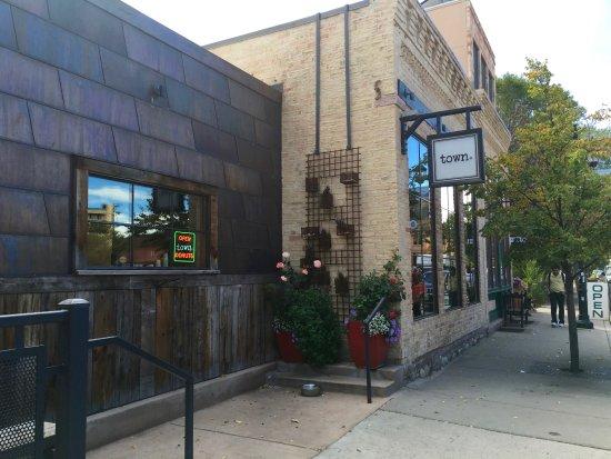 Carbondale, CO: Our favorite restaurant, 2 blocks away