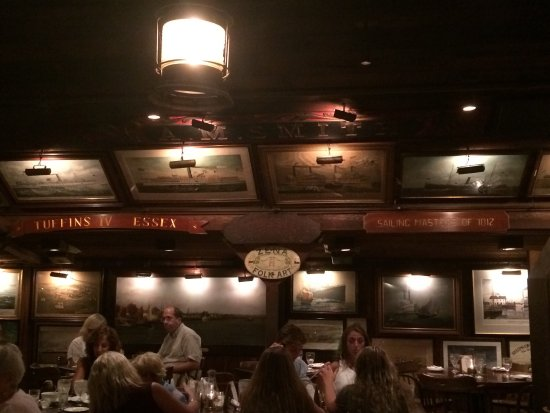 Griswold Inn : photo2.jpg