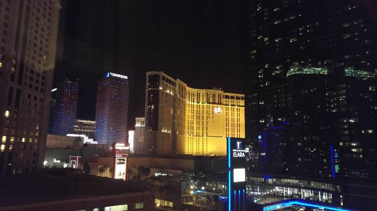 The Carriage House: View of the Strip from 9th floor room