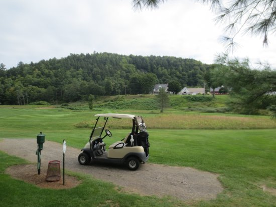 Three Stallion Inn: The inn as seen from the 17th hole of the Montegue golf course