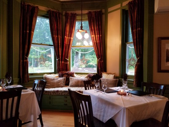 Dining room - Picture of Mansion at Bald Hill, Woodstock - TripAdvisor