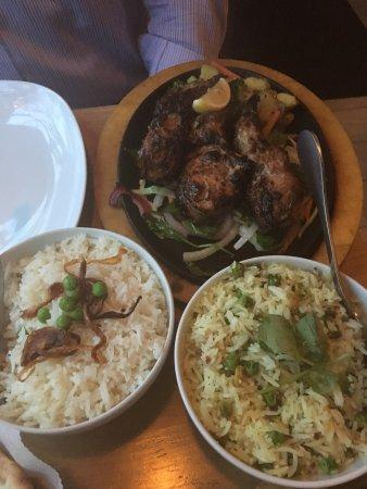 Cinnamon Indian Cuisine: Chicken tikka & lamb chops. Delicious