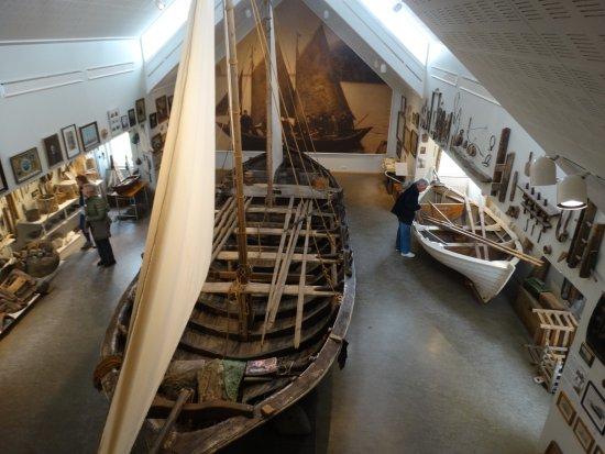 Hvolsvollur, أيسلندا: Local fishing boat.....for up to 20!