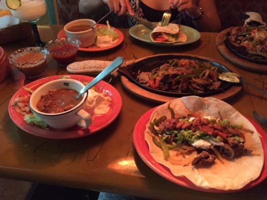 Damian Restaurant : Diner