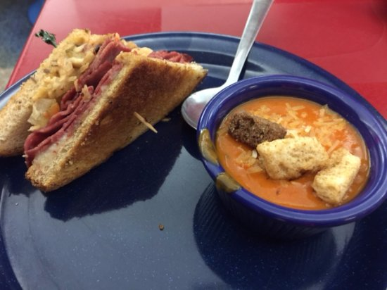 Charleston, WV: Reuben and red pepper soup