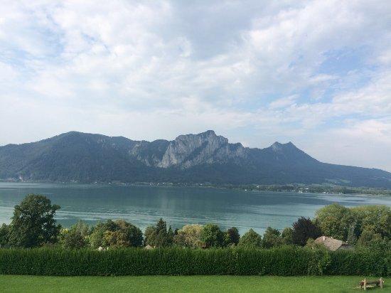 Mondsee, Austria: Vue sur l'arrière