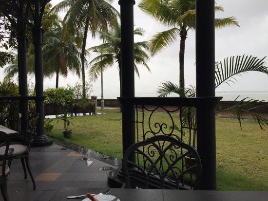 Eastern & Oriental Hotel: photo2.jpg