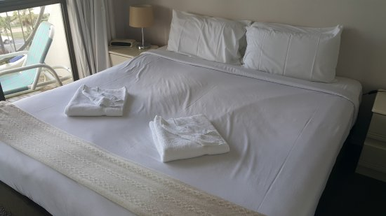 Ocean Royale: King Size Bed